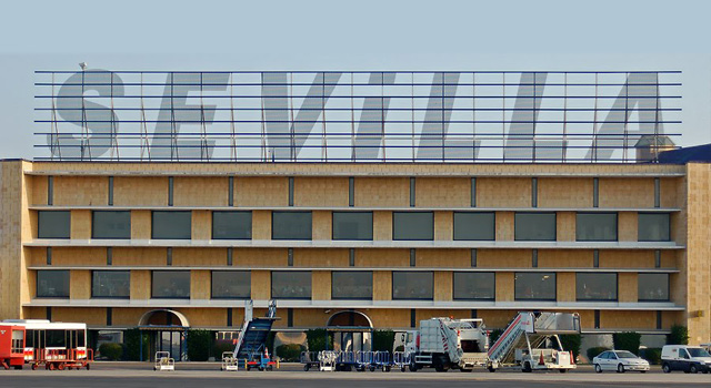 sevilla-airport-terminal